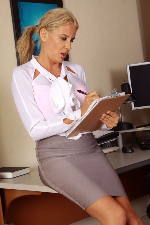 Older secretary Olga feels the need to show her twat after office dictation